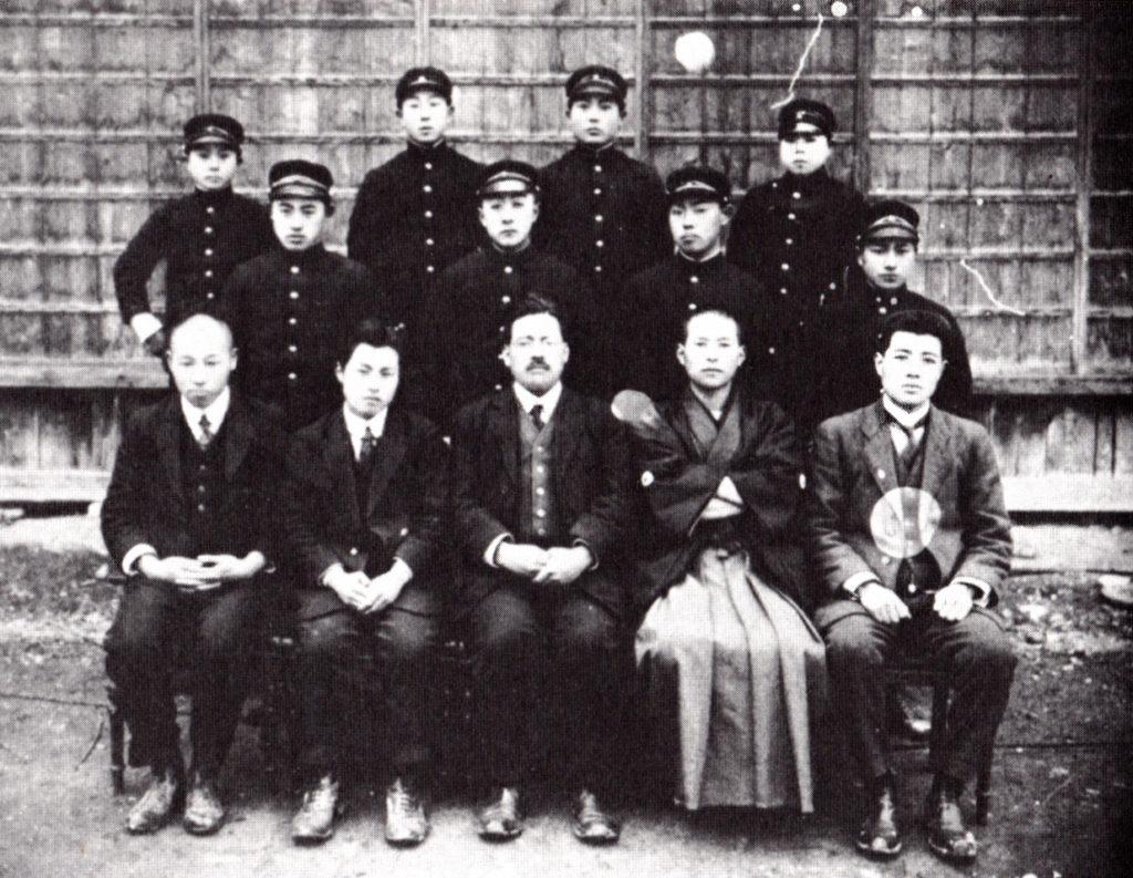 稗貫農学校第1回卒業記念(大正11年3月)